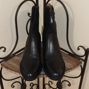 Born Wynd Leather Boots